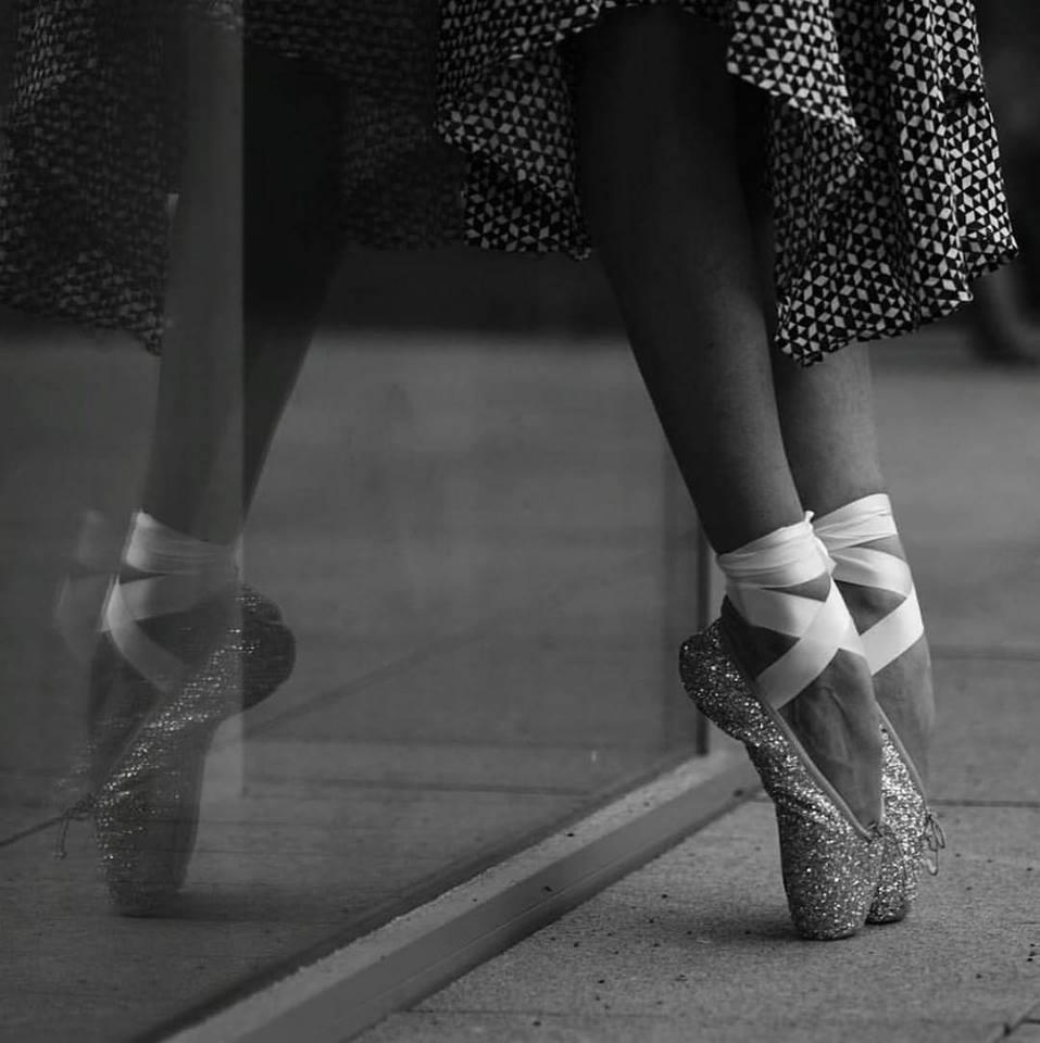 sports shoes 2328f a9732 SPITZENSCHUHE GLITTER – Merlet